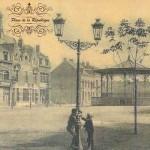 la-place-de-la-Republique-et-son-kiosque-demonte-dans-les-annees-19501