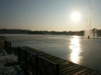 le-lac-sous-un-soleil-d-hiver